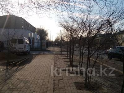 Магазин площадью 41.7 м², Азаттык 138 за 13 млн 〒 в Атырау — фото 4
