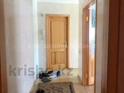 3-комнатная квартира, 67 м², 1/10 этаж, Тауелсыздык 174 за 10.8 млн 〒 в Павлодаре — фото 6