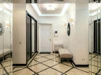 4-комнатная квартира, 200 м², 5/12 этаж на длительный срок, Туран 5 за 350 000 〒 в Нур-Султане (Астане)