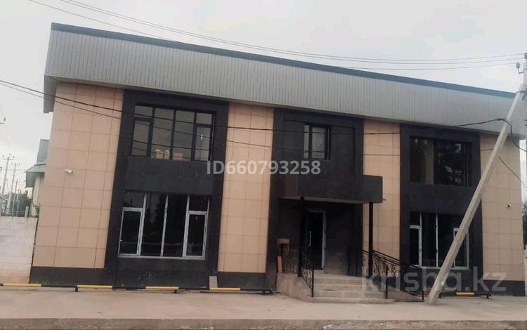 Здание, мкр Ынтымак Б.Саттарханов площадью 200 м² за 300 000 〒 в Шымкенте, Абайский р-н