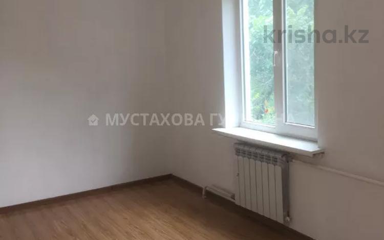 3-комнатная квартира, 64 м², 4/4 этаж, Валиханова — Макатаева за 21 млн 〒 в Алматы, Медеуский р-н