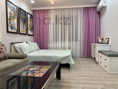 1-комнатная квартира, 42 м², 6/12 этаж посуточно, Тамерлановское шоссе 1а за 8 000 〒 в Шымкенте