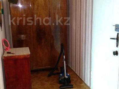 1-комнатная квартира, 41 м², 2/5 этаж помесячно, Степной-3 5 за 60 000 〒 в Караганде — фото 3