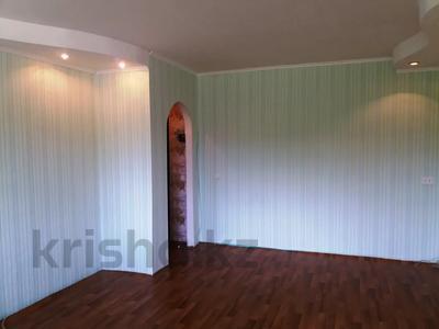 2-комнатная квартира, 40 м², 2/3 этаж, Толстого 34 за 2.6 млн 〒 в Риддере — фото 5