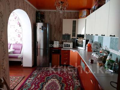 6-комнатный дом, 200 м², 10 сот., Мыркы Исаева 17 — Жалгасбаев за 30 млн 〒 в  — фото 11
