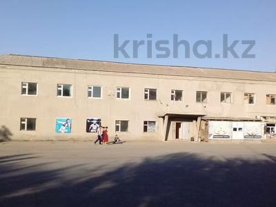 Здание, площадью 835.7 м², Мунайбарлаушылар 4 за 50 млн 〒 в Шымкенте, Енбекшинский р-н