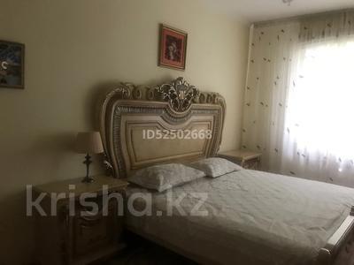 2-комнатная квартира, 70 м², 1/5 этаж, Лободы 3а — Бухар Жырау за 28.5 млн 〒 в Караганде, Казыбек би р-н — фото 3