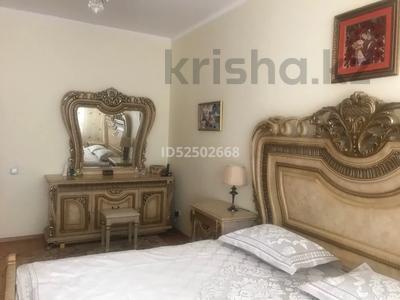 2-комнатная квартира, 70 м², 1/5 этаж, Лободы 3а — Бухар Жырау за 28.5 млн 〒 в Караганде, Казыбек би р-н — фото 4
