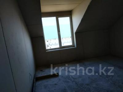 7-комнатный дом, 330 м², 8 сот., Улица Самал 84 за 32 млн 〒 в Боралдае (Бурундай) — фото 12