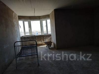 7-комнатный дом, 330 м², 8 сот., Улица Самал 84 за 32 млн 〒 в Боралдае (Бурундай) — фото 15