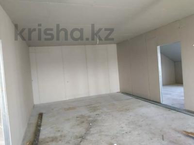 7-комнатный дом, 330 м², 8 сот., Улица Самал 84 за 32 млн 〒 в Боралдае (Бурундай) — фото 17