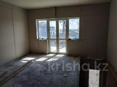 7-комнатный дом, 330 м², 8 сот., Улица Самал 84 за 32 млн 〒 в Боралдае (Бурундай) — фото 19