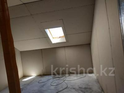 7-комнатный дом, 330 м², 8 сот., Улица Самал 84 за 32 млн 〒 в Боралдае (Бурундай) — фото 2