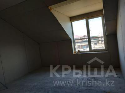 7-комнатный дом, 330 м², 8 сот., Улица Самал 84 за 32 млн 〒 в Боралдае (Бурундай) — фото 4
