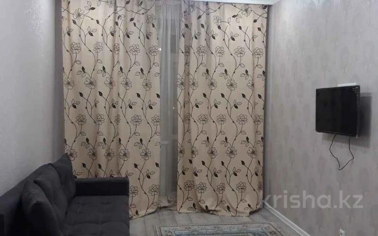 1-комнатная квартира, 37.4 м², 2/8 этаж, 22-4 3 за 14.8 млн 〒 в Нур-Султане (Астана), Есиль р-н