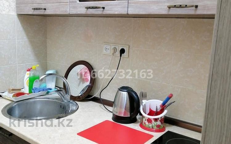 1-комнатная квартира, 21 м², 10/10 этаж посуточно, Аккент 23 за 5 000 〒 в Алматы, Алатауский р-н