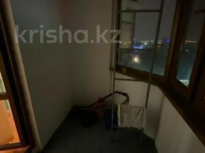 2-комнатная квартира, 80 м², 7/9 этаж помесячно, Шохана Уалиханова 13Б за 250 000 〒 в Атырау — фото 8