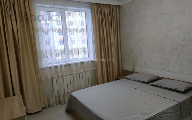 1-комнатная квартира, 38 м², 11/14 этаж посуточно, мкр Акбулак, 1-я улица 81 за 10 000 〒 в Алматы, Алатауский р-н
