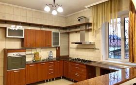 5-комнатный дом помесячно, 270 м², 7 сот., мкр Алатау, Асемтау — Нур Алатау за 450 000 〒 в Алматы, Бостандыкский р-н
