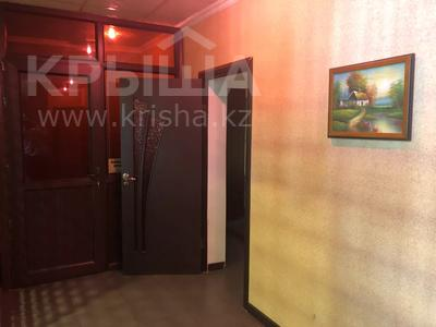 Здание, площадью 490 м², Казакбаева 72 за 55 млн 〒 в Жезказгане — фото 29