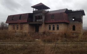 6-комнатный дом, 350 м², 10 сот., Северо-западный жилой район за 25 млн 〒 в Талдыкоргане