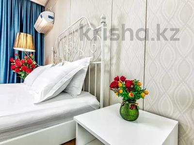 1-комнатная квартира, 45 м², 24/28 этаж посуточно, Кошкарбаева 10/1 — Тауелсиздык за 15 000 〒 в Нур-Султане (Астана) — фото 2