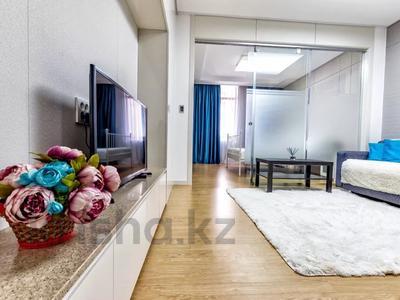 1-комнатная квартира, 45 м², 24/28 этаж посуточно, Кошкарбаева 10/1 — Тауелсиздык за 15 000 〒 в Нур-Султане (Астана) — фото 5