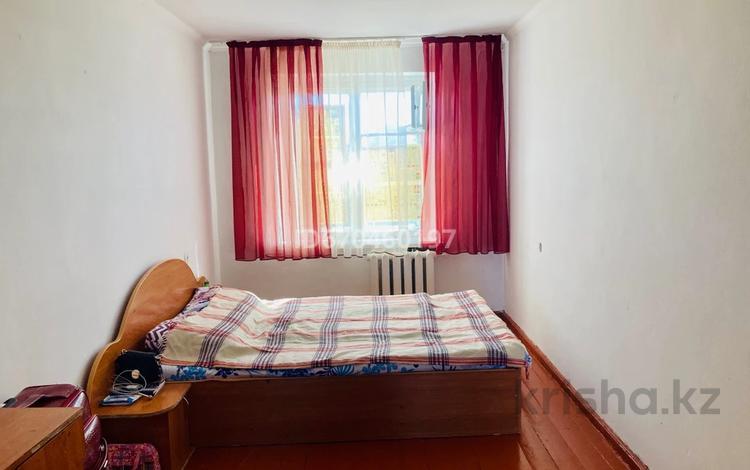2-комнатная квартира, 46 м², 4/4 этаж на длительный срок, Военный городок 12 за 80 000 〒 в Талдыкоргане