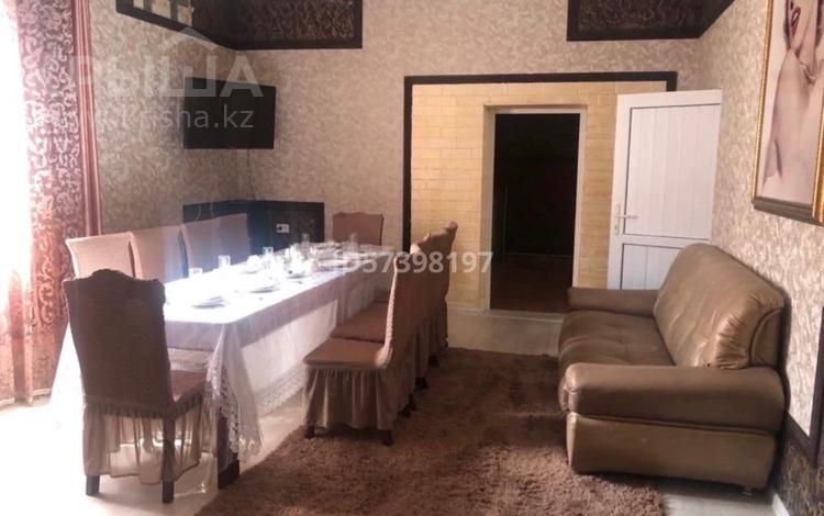 5-комнатный дом посуточно, 150 м², 2 сот., Ташенова 120 — Уалиханова за 60 000 〒 в Шымкенте, Аль-Фарабийский р-н