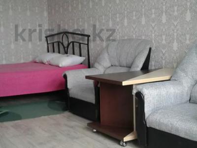 1-комнатная квартира, 40 м², 3/7 этаж посуточно, 4-й мкр, 4мкр 56 за 6 000 〒 в Актау, 4-й мкр