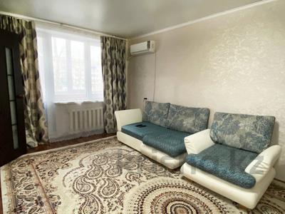 3-комнатная квартира, 65 м², 2/5 этаж посуточно, Мухита 129 за 11 999 〒 в Уральске — фото 5