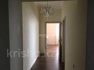 3-комнатная квартира, 120 м², 9/21 этаж помесячно, проспект Аль-Фараби 21 за 530 000 〒 в Алматы, Бостандыкский р-н — фото 6