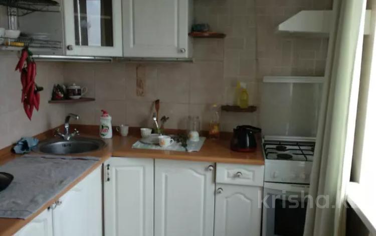 3-комнатная квартира, 60 м², 4/5 этаж, мкр Тастак-1 за 26 млн 〒 в Алматы, Ауэзовский р-н