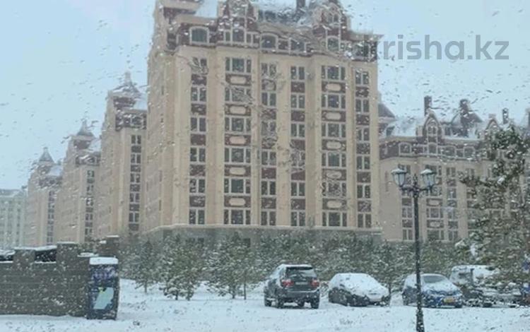 2-комнатная квартира, 70 м², 4 этаж помесячно, Панфилова 15-19 за 170 000 〒 в Нур-Султане (Астана)