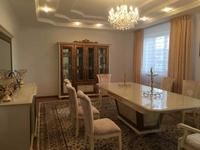 7-комнатный дом, 290 м², 10 сот.