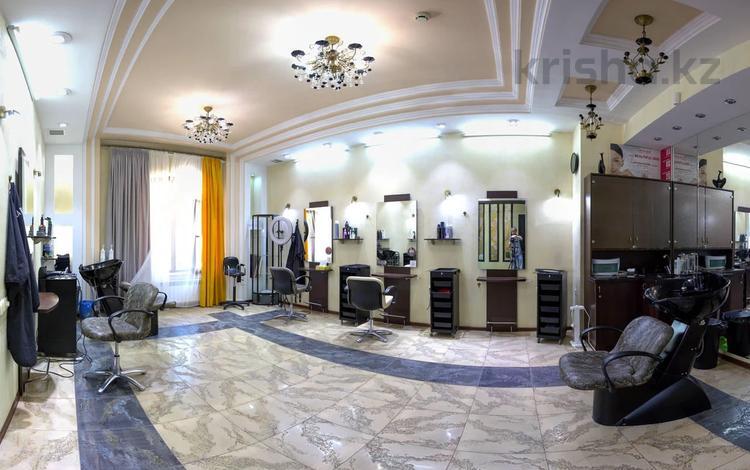 Продается полностью оборудованный…, Аль-Фараби 100 — Шашкина за 125 млн 〒 в Алматы, Бостандыкский р-н