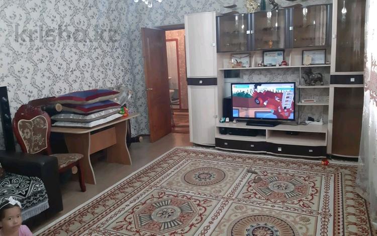 2-комнатная квартира, 75 м², 4/5 этаж, Нурсат 35 — Назарбекова за 19 млн 〒 в Шымкенте, Каратауский р-н