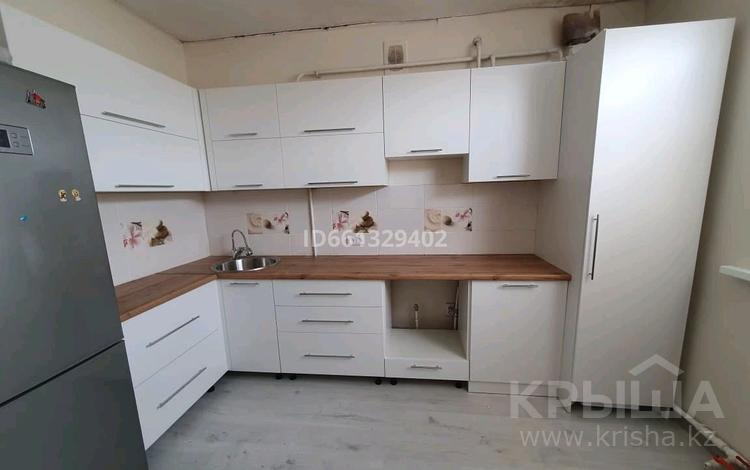 3-комнатный дом, 70 м², Курмыш — Акимажанова Нокина за 9 млн 〒 в Актобе, Старый город