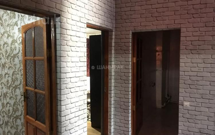 4-комнатный дом помесячно, 74 м², 1 сот., Курильская 16б — Райымбека за 150 000 〒 в Алматы, Алмалинский р-н