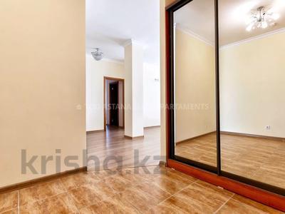 3-комнатная квартира, 145 м², 36/41 этаж посуточно, Достык 5 — Сауран за 16 000 〒 в Нур-Султане (Астана), Есиль р-н — фото 21