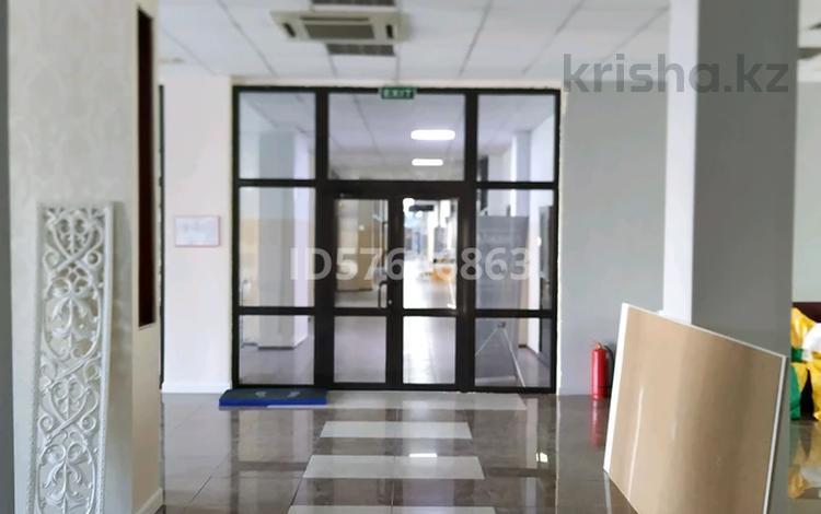 Магазин площадью 300 м², проспект Сарыарка 15 за 3 000 〒 в Нур-Султане (Астана), Сарыарка р-н