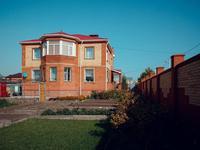 7-комнатный дом, 370 м², 10 сот.