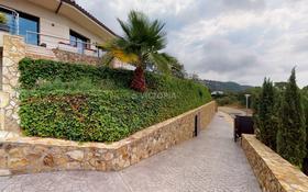 12-комнатный дом, 1000 м², 60 сот., Carrer dels Geranis 16 за ~ 1.6 млрд 〒 в Плайя-де-аро