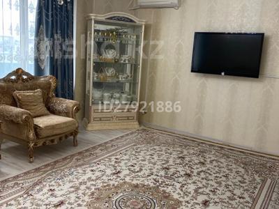 3-комнатная квартира, 138 м², 5/9 этаж на длительный срок, Кулманова 107 за 500 000 〒 в Атырау