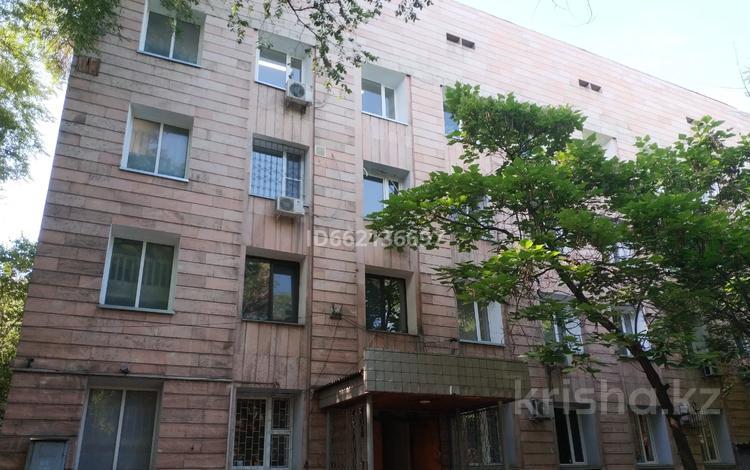 Здание, площадью 1182 м², Желтоксан 89 за 409 млн 〒 в Алматы, Алмалинский р-н