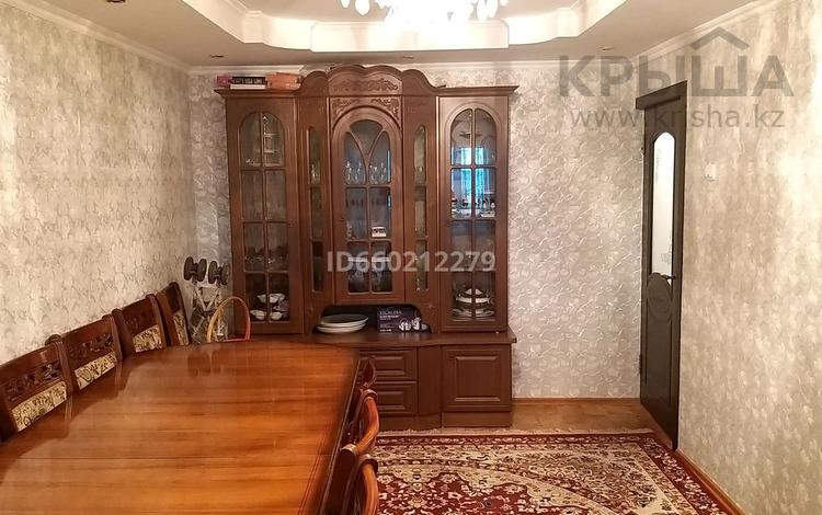 3-комнатная квартира, 64.9 м², 3/4 этаж, улица Сапак Датка 19 за 17 млн 〒 в Шымкенте, Аль-Фарабийский р-н