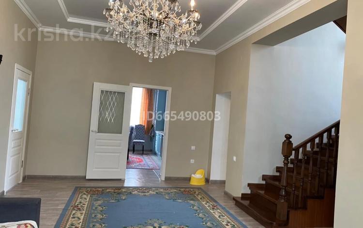 5-комнатный дом, 260 м², 15 сот., 4 квартал 773 за 22 млн 〒 в С.шапагатовой