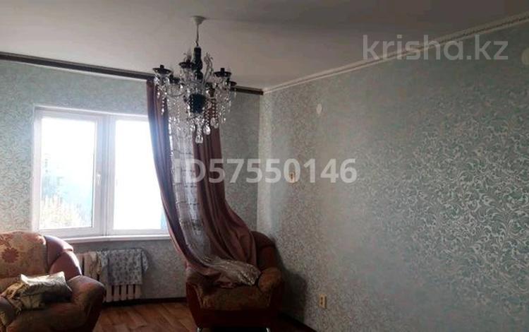3-комнатная квартира, 69 м², 5/6 этаж, Мкр 13 8 за 14 млн 〒 в Таразе