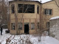 6-комнатный дом, 200 м², Аханова 15 за 17 млн 〒 в Караганде, Казыбек би р-н