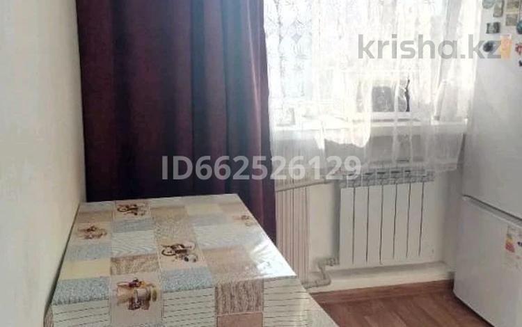 2-комнатная квартира, 48 м², 2/5 этаж, Абая 67 за 10.3 млн 〒 в Семее